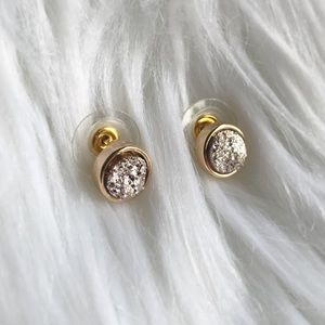 Gorgeous dainty rose gold druzy stud earrings